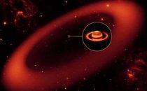 Saturno ha un gigantesco anello invisibile