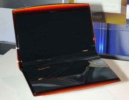 Sony VAIO EL con doppio OLED
