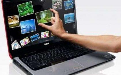 Dell Studio 17 Touch con multitouch