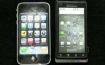 iPhone 3GS vs Motorola Milestone
