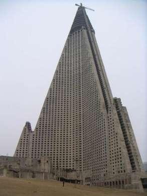 I 10 edifici più brutti al mondo