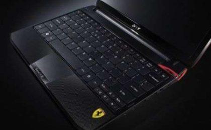 Acer Ferrari One pronto per Natale