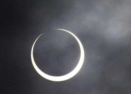 Eclisse Solare Anulare 15 Gennaio: foto e video