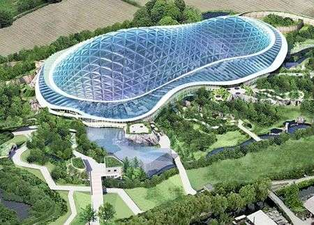 Heart of Africa: foresta tropicale africana al Chester Zoo in UK