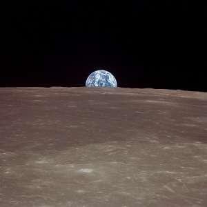Obama: sulla Luna entro il 2018