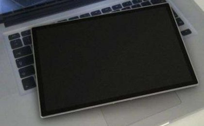 Apple Tablet: il primo video hands on!