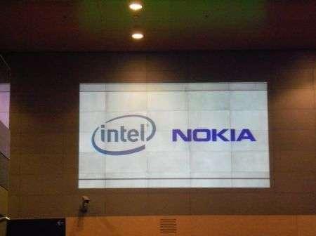 MeeGo piattaforma open figlia di Intel e Nokia