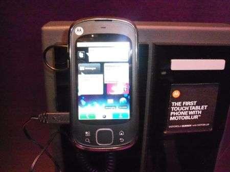 Motorola Quench (Cliq XT) scheda tecnica