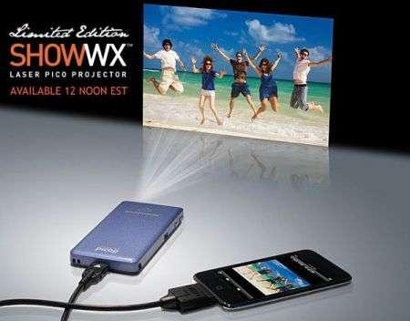 Microvision Show WX pico projector disponibile