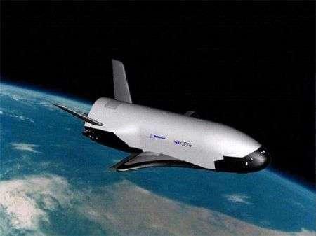 NASA X-37: mini Shuttle robotico pronto all'orbita