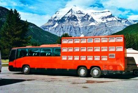 Rotel Tours: autobus hotel
