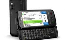 Nokia E5, C3 e C6: email e social network ovunque
