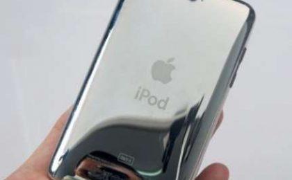 iPod Touch con fotocamera da 2 megapixel, ecco tutte le foto e il video