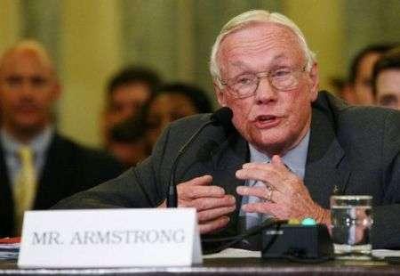 Neil Armstrong: la missione verso Marte è un piano verso il nulla