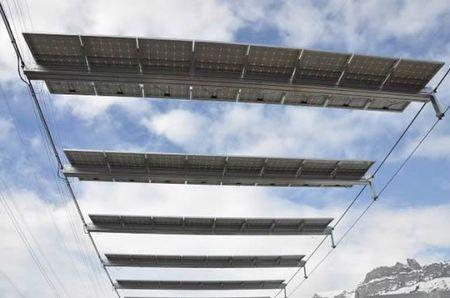 Skylift solare in Svizzera: il vero impianto sciistico green