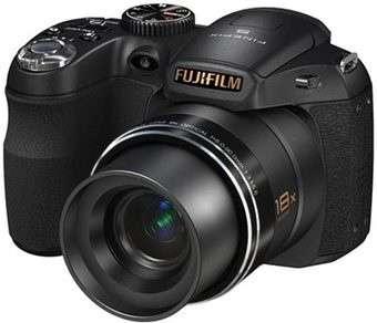 Fujifilm FinePix F300EXR e altre quattro sorelle