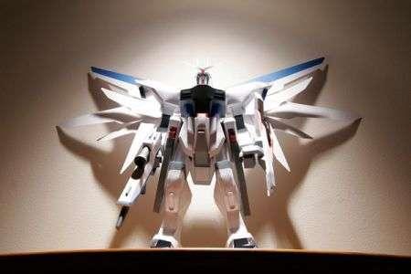 Gundam: fantastica statua origami!