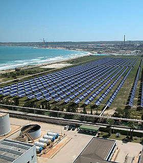 Centrale solare in Sicilia funziona anche di notte