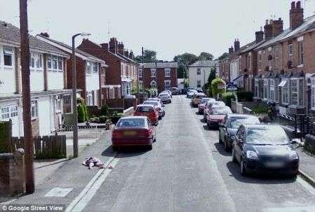 Google Street View e il finto cadavere, foto!