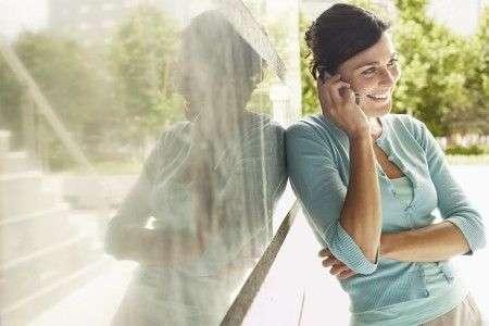 Cellulari superano telefoni fissi, più chiamate nel 2009