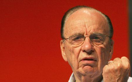 Murdoch accusa Skype: la parola Sky è di mia proprietà