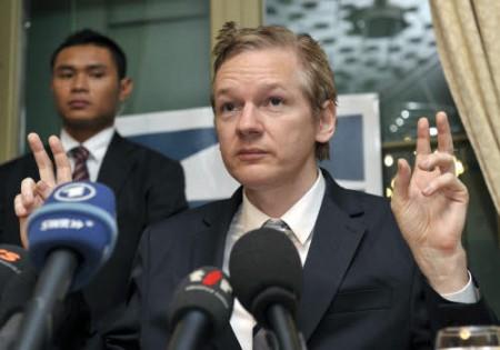 Wikileaks: su Twitter l'annuncio di numerosi documenti presto online