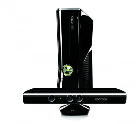 Kinect debutta in Italia: ecco l'accessorio bomba di Xbox 360