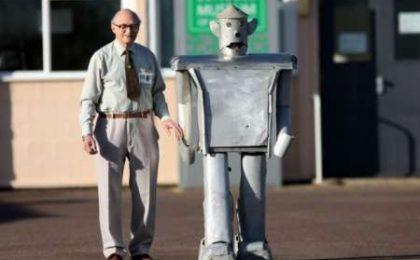 Robot 50enne ricavato dai bombardieri della Seconda Guerra Mondiale