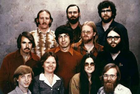 Windows: compie 25 anni il sistema operativo di Bill Gates