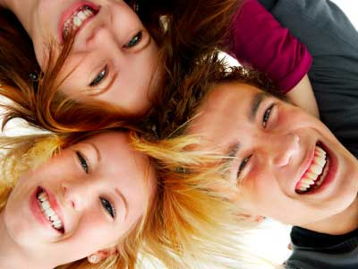 Web, cellulari e crisi: gli adolescenti raccontati da Eurispes