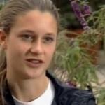 Holland Reynolds video: a carponi al traguardo della corsa dopo il collasso