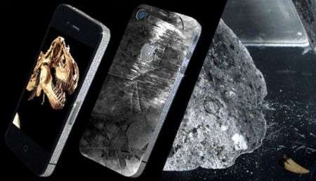 "iPhone 4 ""History Edition"" con dente di T-Rex e meteorite"