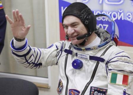 Spazio: Soyuz riprende i contatti, nessun pericolo per Nespoli e compagni