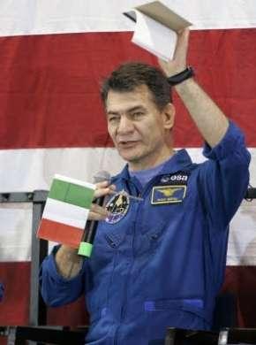 Spazio: Paolo Nespoli sulla ISS per sei mesi