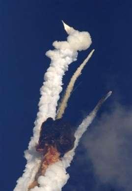 Razzo Indiano con satellite TLC esploso dopo il lancio: foto e video