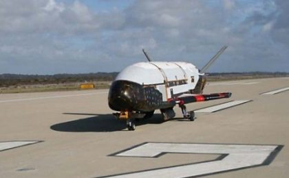 Shuttle robotico X37B è atterrato, ecco il video