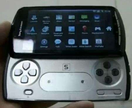 Sony Ericsson Xperia Zeus Z1: i video del Playstation PSP Phone