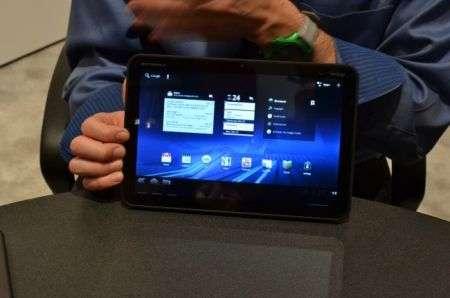 Motorola Xoom: il prezzo del tablet Android 3.0 HoneyComb