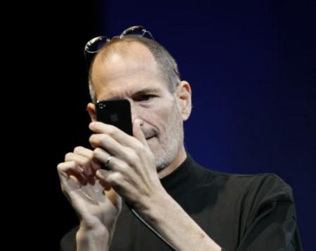 Steve Jobs, CEO Apple, prende una pausa per motivi di salute