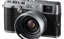 Fotocamera Fujifilm Finepix X100 profuma di Leica