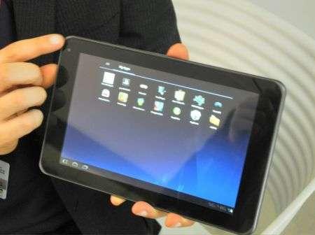 MWC 2011: LG svela Optimus 3D e Optimus Pad con 3D e Android