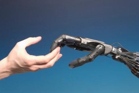 Mano Robotica made in Italy: basso costo e alta qualità