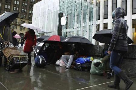 iPad 2 vendite record nel giorno del debutto USA
