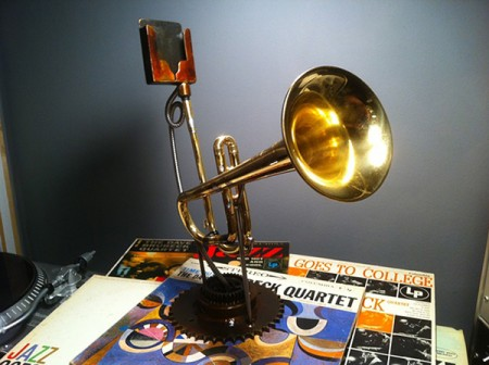 analog tele phonographer iphone trumpet amplifier by christopher locke