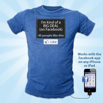 Gadget: Maglietta FaceBook con status aggiornabile