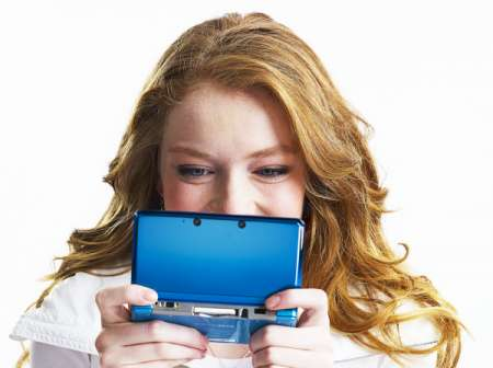 Nintendo 3DS: dati di vendita record in UK