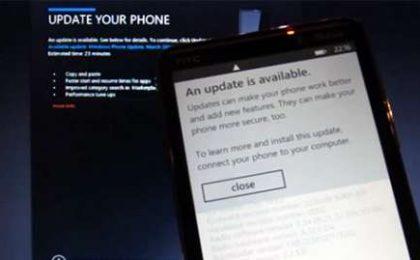 Windows Phone 7: Microsoft chiede pazienza per l'aggiornamento