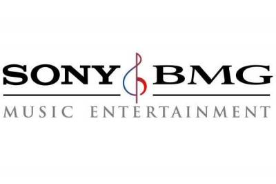 Anche Sony Music capitola ai cracker, l'inquietudine aumenta