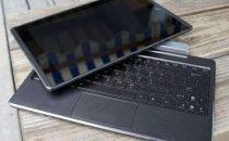 Finalmente il tablet Asus Eee trasformista accoglie la tastiera in Italia