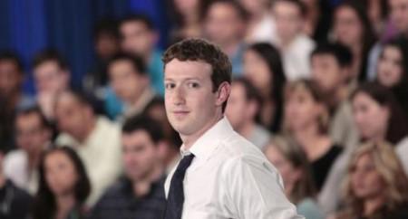 Facebook vs Google: Zuckeberg pagava stampa e blog per denigrare i rivali